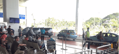 ブルーバードタクシー乗場の画像
