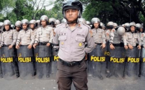 ジャカルタの警察の画像